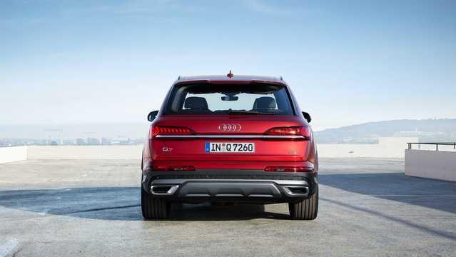 Back of Audi 55 TFSI quattro  TipTronic, 340hp, 2020
