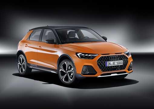 Fram/Sida av Audi A1 citycarver GB