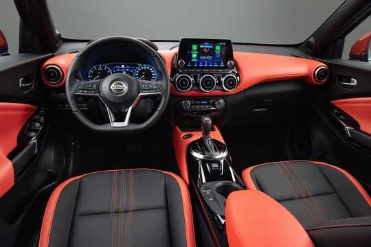 Interior of Nissan Juke 2020