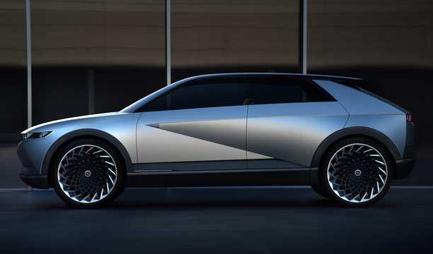 Side  of Hyundai 45 EV Concept Concept, 2020