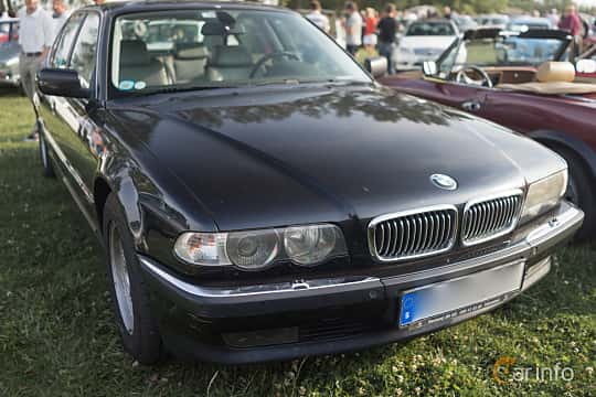 BMW 740i E38 Facelift
