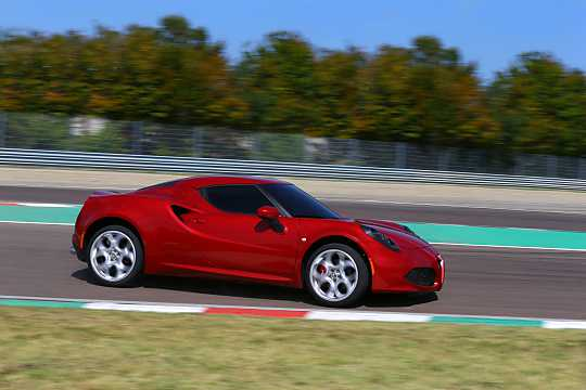 Side  of Alfa Romeo 4C 1.75 TBi DCT, 240hp, 2014