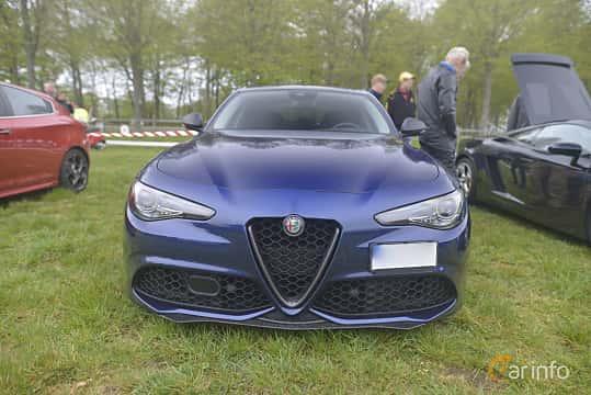 Fram av Alfa Romeo Giulia 2.0 TBi Q4 Automatic, 280ps, 2017 på Italienska Fordonsträffen - Krapperup 2019