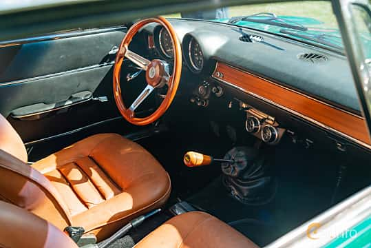 Interior of Alfa Romeo Giulia 1300 Super 1.3 Manual, 87ps, 1970 at Sportbilsklassiker Stockamöllan 2019