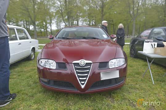 Fram av Alfa Romeo GT 2.0 JTS Manual, 165ps, 2006 på Italienska Fordonsträffen - Krapperup 2019