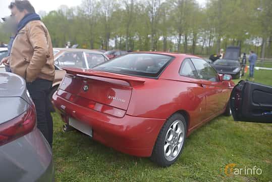 Bak/Sida av Alfa Romeo GTV 3.0 V6 Manual, 218ps, 2001 på Italienska Fordonsträffen - Krapperup 2019
