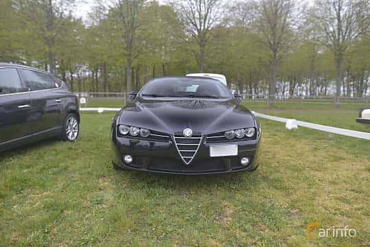 Fram av Alfa Romeo Spider 2.2 JTS 16V Manual, 185ps, 2007 på Italienska Fordonsträffen - Krapperup 2019