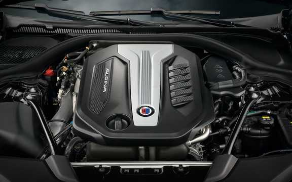 Engine compartment  of ALPINA D5 S Touring  Switch-Tronic, 388hp, 2018