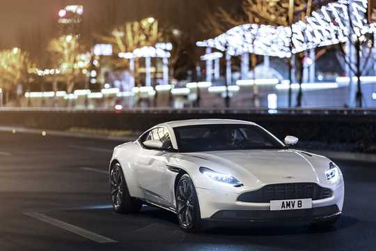 Front/Side  of Aston Martin DB11 4.0 V8 Automatic, 510hp, 2017