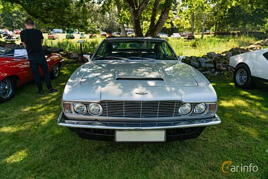 Front  of Aston Martin DBS Vantage 4.0 V6 Automatic, 325ps, 1970 at Sportbilsklassiker Stockamöllan 2019