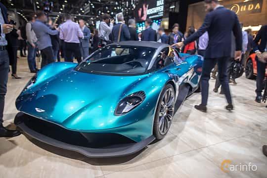 Fram/Sida av Aston Martin Vanquish Vision Concept Concept, 2019 på Geneva Motor Show 2019