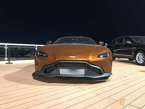 Front  of Aston Martin Vantage 4.0 V8 Automatic, 510ps, 2018