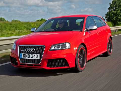 Front/Side  of Audi RS 3 Sportback 2.5 TFSI quattro S Tronic, 340hp, 2011