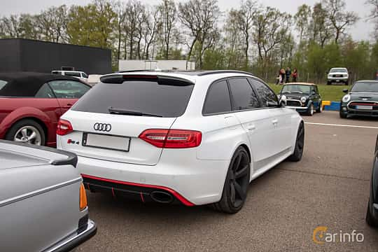 Back/Side of Audi RS 4 Avant 4.2 FSI V8 quattro S Tronic, 450ps, 2013 at Lucys motorfest 2019