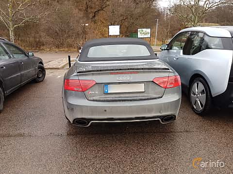 Back of Audi RS 5 Cabriolet 4.2 FSI V8 quattro S Tronic, 450ps, 2014