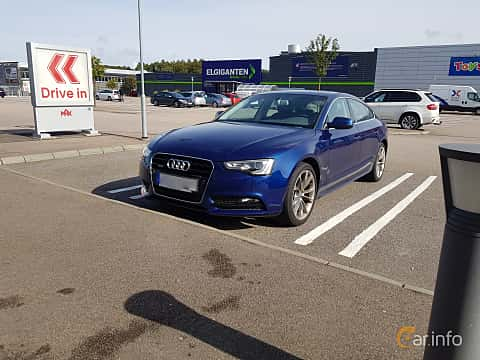 Front/Side  of Audi A5 Sportback 2.0 TFSI quattro S Tronic, 211ps, 2012