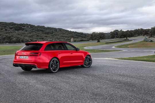 Back/Side of Audi RS 6 Avant 4.0 TFSI V8 quattro TipTronic, 560hp, 2016