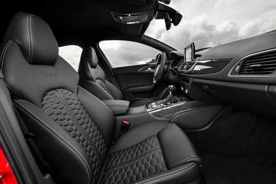 Interior of Audi RS 6 Avant 4.0 TFSI V8 quattro TipTronic, 560hp, 2016