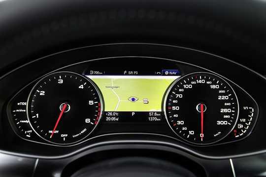 Interior of Audi A6 TDI 3.0 TDI quattro TipTronic, 326hp, 2014