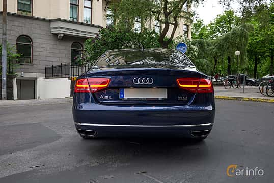 Back of Audi A8 L W12 6.3 W12 FSI quattro TipTronic, 500ps, 2012