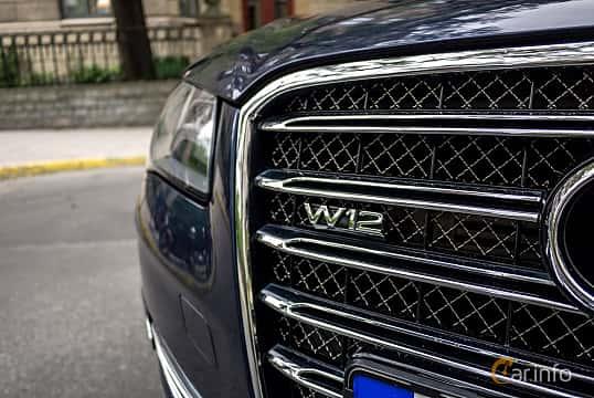 Close-up of Audi A8 L W12 6.3 W12 FSI quattro TipTronic, 500ps, 2012