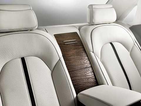 Interior of Audi A8 L D4