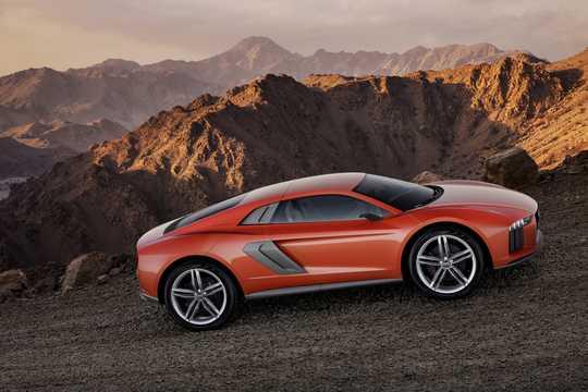 Side  of Audi nanuk quattro 5.0 V10 TDI quattro S Tronic, 544hp, 2013