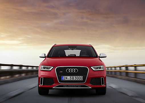 Front  of Audi RS Q3 2.5 TFSI quattro S Tronic, 310hp, 2014