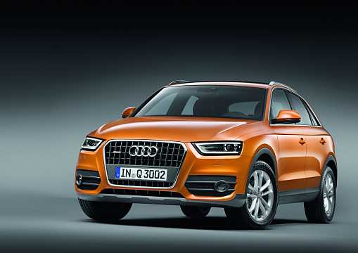 Front/Side  of Audi Q3 2.0 TFSI quattro S Tronic, 211hp, 2012