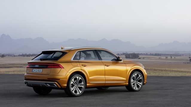 Back/Side of Audi Q8 2019
