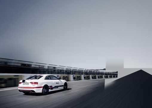 Back/Side of Audi RS 5 TDI Coupé 3.0 TDI quattro TipTronic, 385hp, 2014