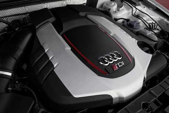 Engine compartment  of Audi RS 5 TDI Coupé 3.0 TDI quattro TipTronic, 385hp, 2014