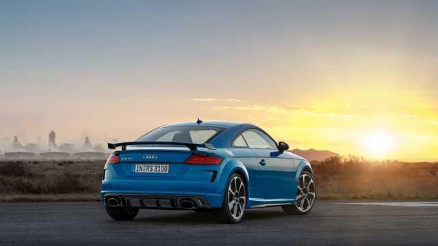 Back/Side of Audi TT RS Coupé TFSI  S Tronic, 400hp, 2019