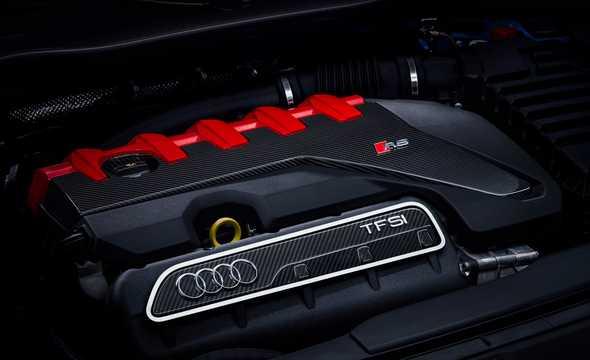 Close-up of Audi TT RS Coupé TFSI  S Tronic, 400hp, 2019