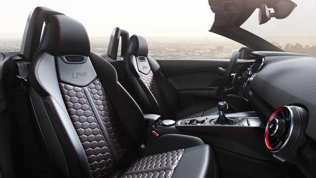Interiör av Audi TT RS Roadster TFSI  S Tronic, 400hk, 2019
