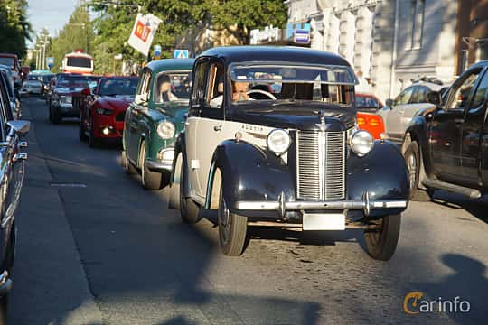 Front/Side  of Austin 8 4-door Saloon 0.9 Manual, 27ps, 1946 at Umeå Wheels Nations Norr 2019