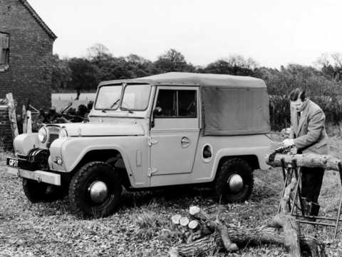 Front/Side  of Austin Gipsy 1964