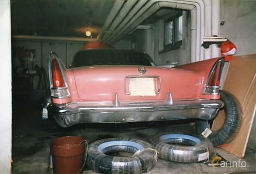 Back of Chrysler 300 Hardtop 6.4 V8 Automatic, 386ps, 1958