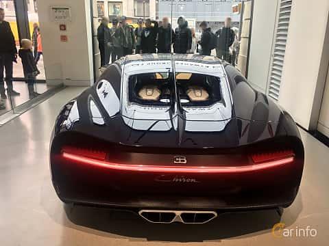 Back of Bugatti Chiron 8.0 W16 DSG Sequential, 1521ps, 2018