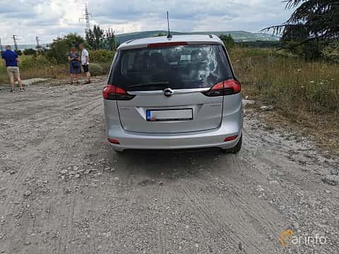Bak av Opel Zafira Tourer 1.4 Turbo  140ps, 2012