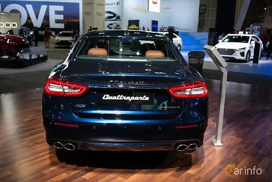 Back of Maserati Quattroporte S Q4 3.0 V6 Q4 Automatic, 430ps, 2019 at LA Motor Show 2018
