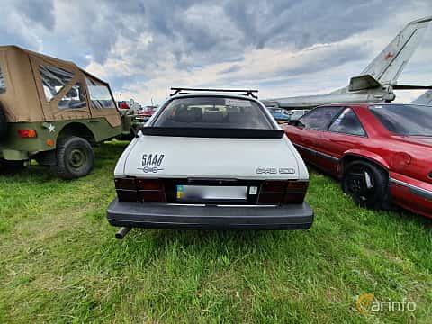 Back of Saab 900 3-door 1985 at Old Car Land no.1 2019