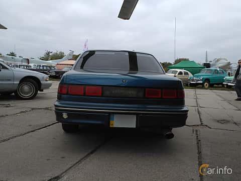Back of Chevrolet Lumina 3.1 V6 Automatic, 137ps, 1990 at Old Car Land no.2 2017