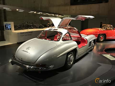 Bak/Sida av Mercedes-Benz 300 SL  Manual, 215ps, 1955