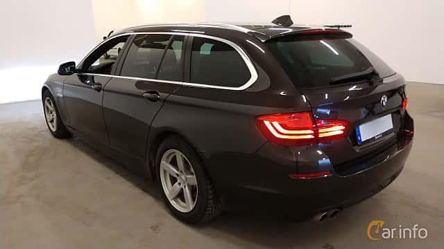 Bak/Sida av BMW 520d xDrive Touring  Steptronic, 190ps, 2016