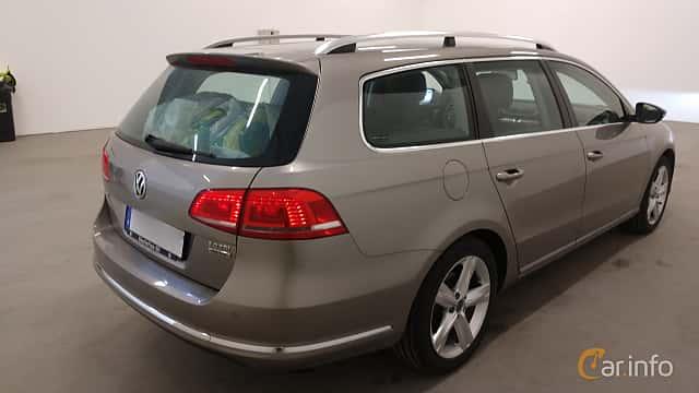 Bak/Sida av Volkswagen Passat Variant 2.0 TDI BlueMotion 4Motion  Manual, 140ps, 2014