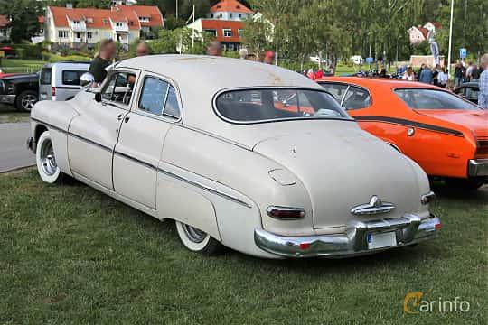 Back/Side of Mercury Eight 9CM Sedan 4.2 V8 Manual, 110ps, 1949 at Kungälvs Kulturhistoriska Fordonsvänner  2019 Torsdag vecka 31
