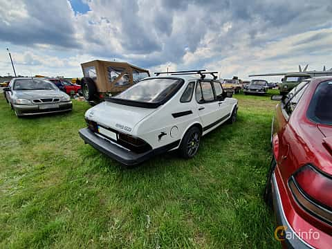Back/Side of Saab 900 3-door 1985 at Old Car Land no.1 2019