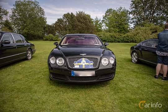 Front  of Bentley Continental Flying Spur 6.0 W12 TipTronic, 560ps, 2006 at Rolls-Royce och Bentley, Norrviken Båstad 2019