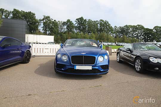 Front  of Bentley Continental GT V8 S Convertible 4.0 V8 Automatic, 528ps, 2016 at Autoropa Racing day Knutstorp 2019